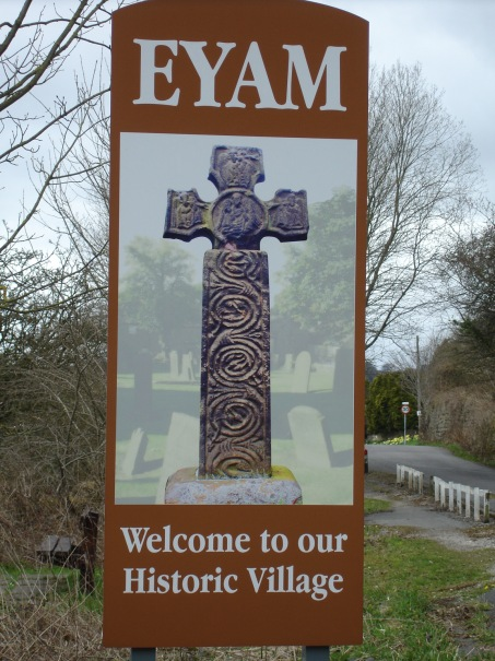 1-Sign-on-the-edge-of-Eyam-Village